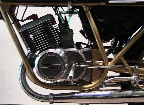 IMG_1381_1 foto motore malanca 125e2cs gal.jpg